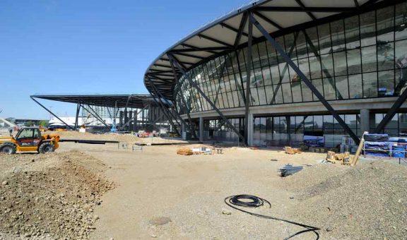 Hotel Aeroport De Lyon
